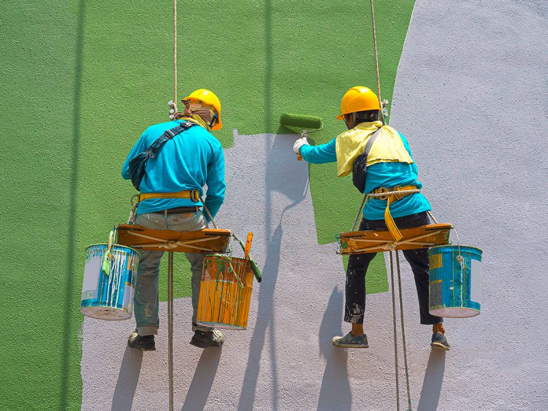 Qualities to Look for in Painters and Decorators South West London